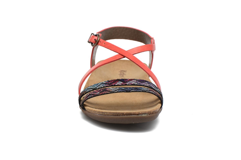 Sandales et nu-pieds Kickers Atomium Rouge vue portées chaussures