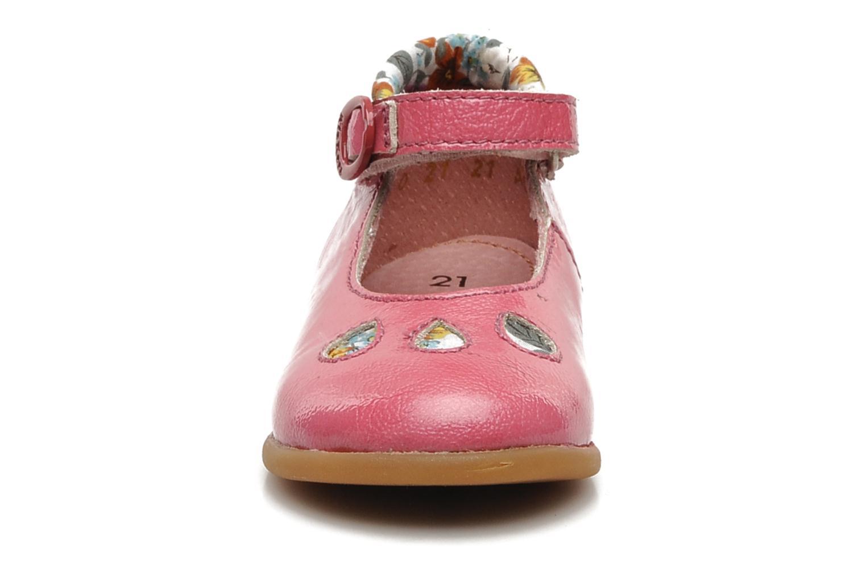 Ballerines Kickers SWACHOU Rose vue portées chaussures