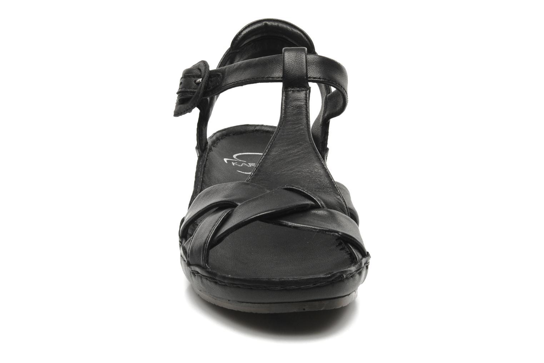 Sandales et nu-pieds Karston Iris Noir vue portées chaussures