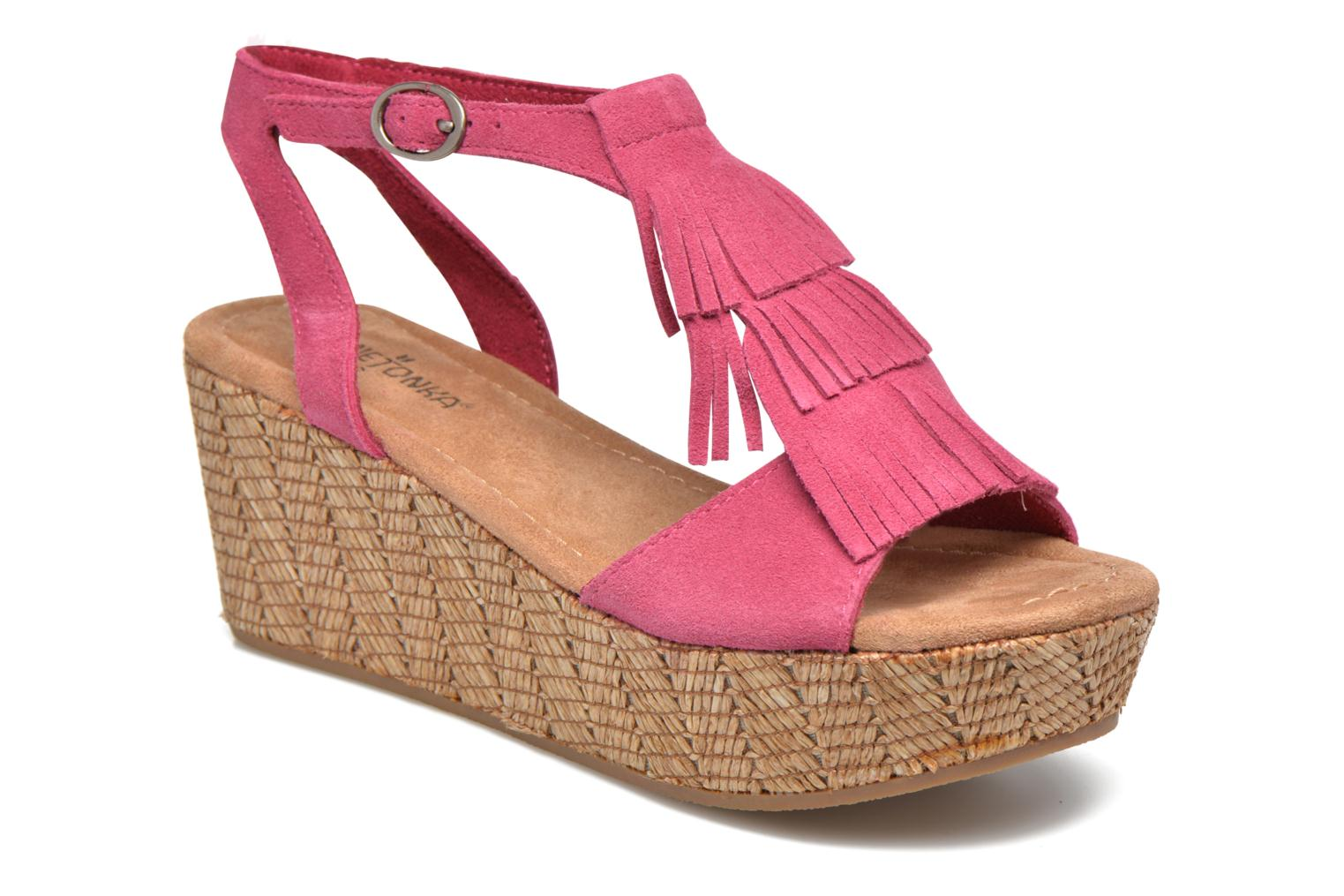 Sandals Minnetonka Central Pink detailed view/ Pair view
