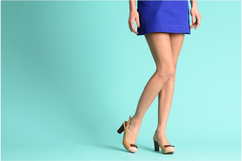 Zapatos de tacón Chie Mihara Becky Beige vista de abajo