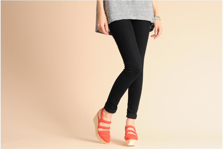 Sandales et nu-pieds B Store Edwige 6 Noir vue bas / vue portée sac