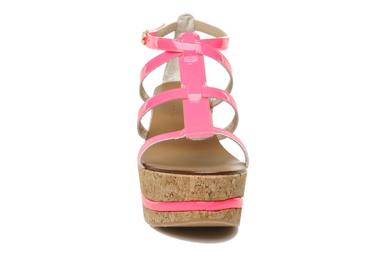Sandales et nu-pieds Tapeet Tipia Rose vue portées chaussures