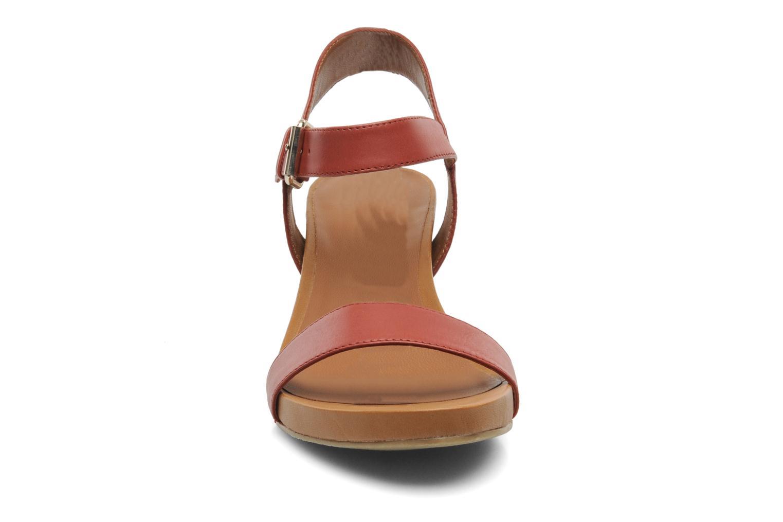 Sandali e scarpe aperte Bruno Premi Noa Rosso modello indossato