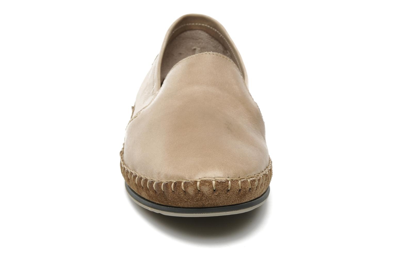 Loafers Fluchos Bahamas 8674 Beige bild av skorna på