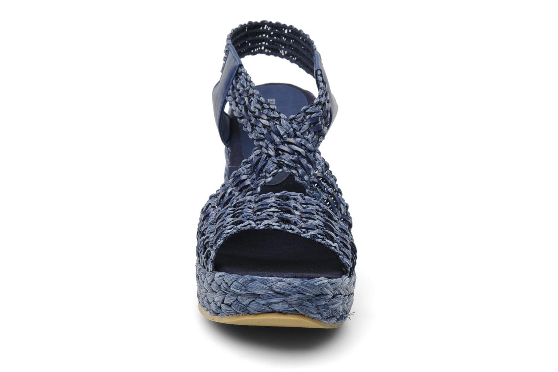 Sandali e scarpe aperte Elizabeth Stuart Fuxy 310 Azzurro modello indossato