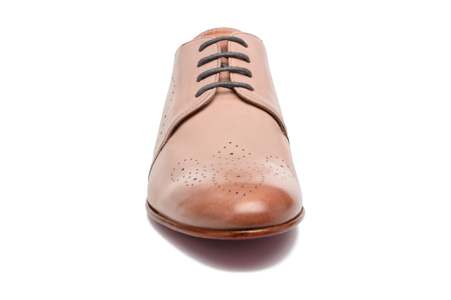 Lace-up shoes Melvin & Hamilton Sally 1 Brown model view