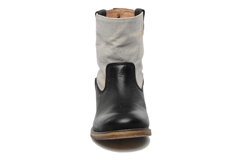 Boots en enkellaarsjes Koah Daryl Zwart model