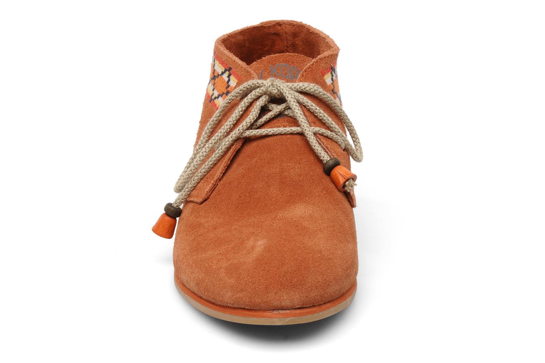 Chaussures à lacets Koah Yosra Orange vue portées chaussures