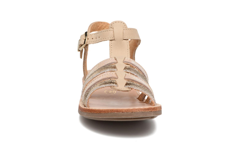 Sandalias Minibel Chana Oro y bronce vista del modelo