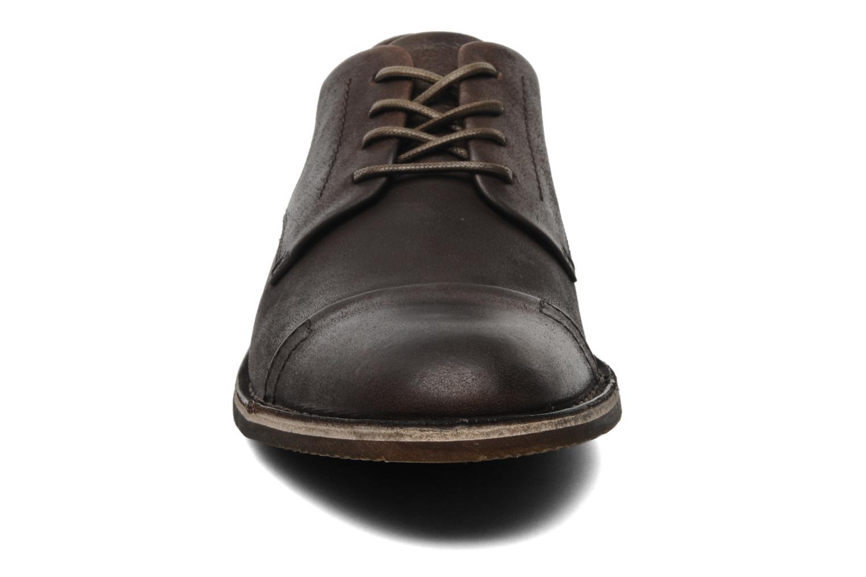 Chaussures à lacets Kickers Edgar Marron vue portées chaussures