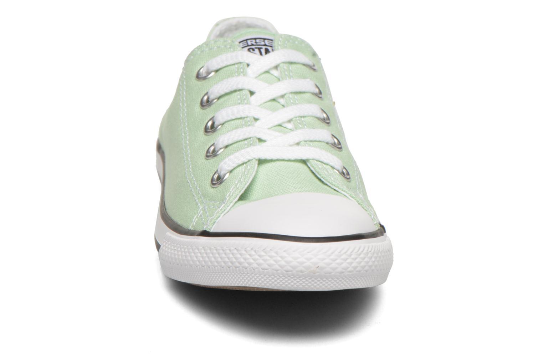 Baskets Converse All Star Dainty Canvas Ox W Vert vue portées chaussures