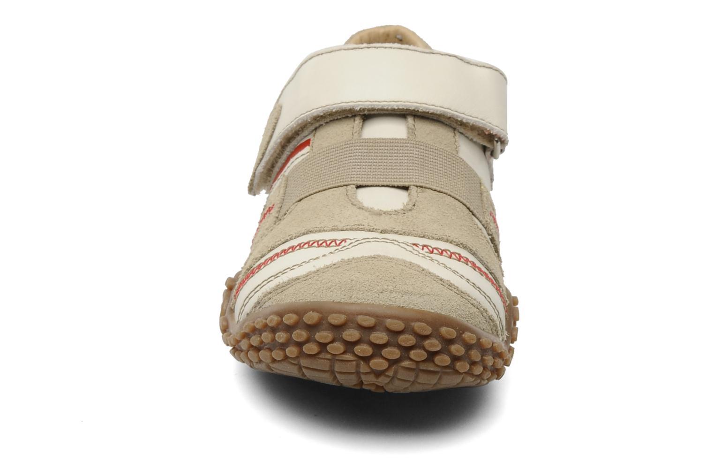 Baskets Mod8 Vorien Beige vue portées chaussures