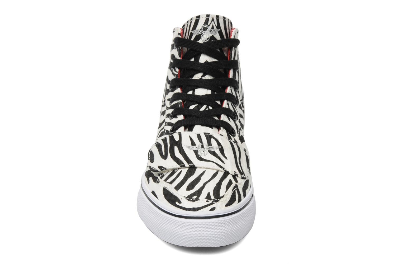 Sneaker Creative Recreation W Cesario XVI weiß schuhe getragen