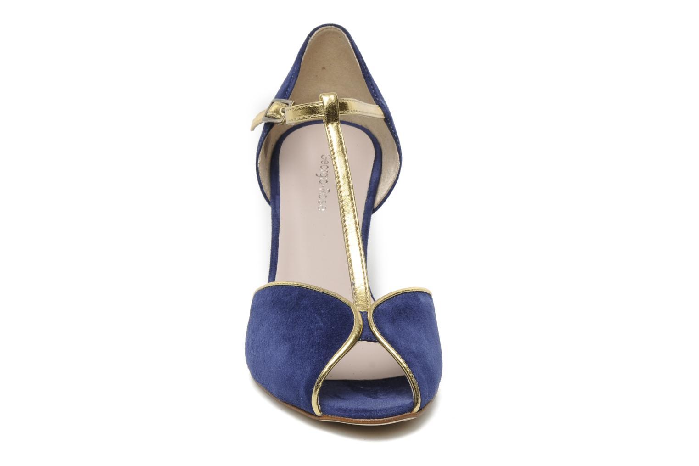 High heels Georgia Rose Gitango Blue model view