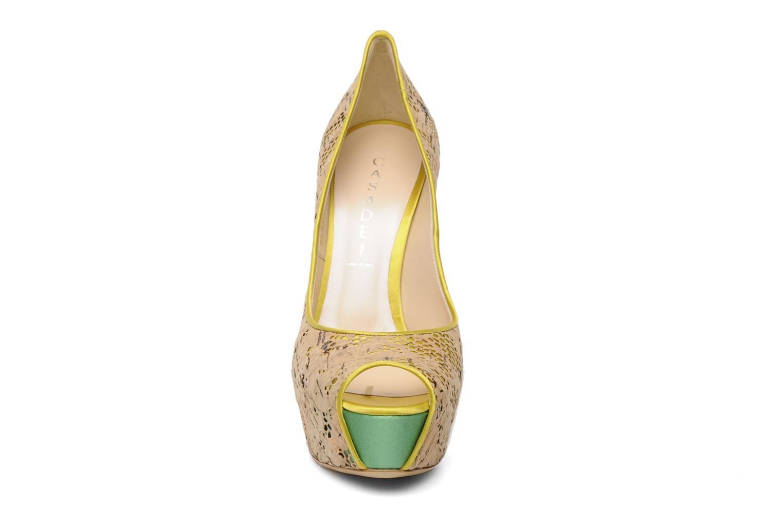 Escarpins Casadei Arabella Jaune vue portées chaussures