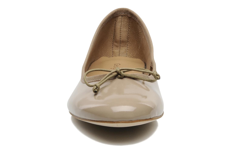 Ballerines Georgia Rose Fancine Beige vue portées chaussures