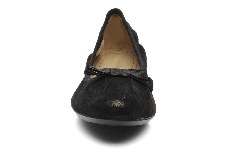 Ballerines Geox D KARIMA A Noir vue portées chaussures