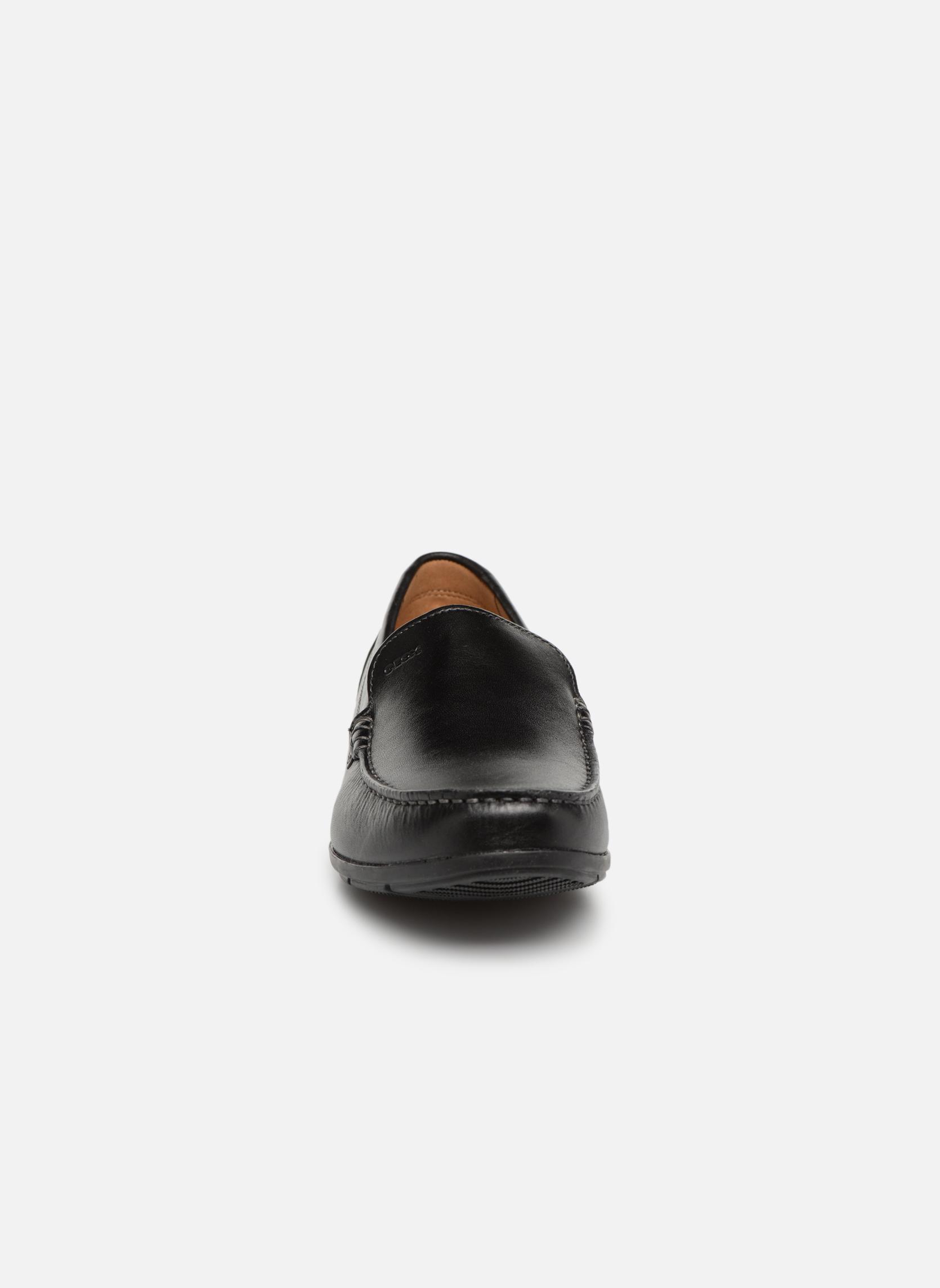 Slipper Geox U SIMON A U32Q3A schwarz schuhe getragen