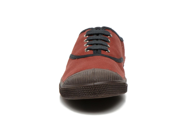 Baskets Bensimon Tennis Colorpiping Rouge vue portées chaussures