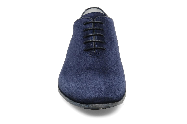Schnürschuhe Free Lance Bussi Richelieu blau schuhe getragen