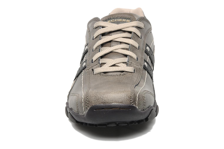 Baskets Skechers Diameter Blake 63385 Gris vue portées chaussures