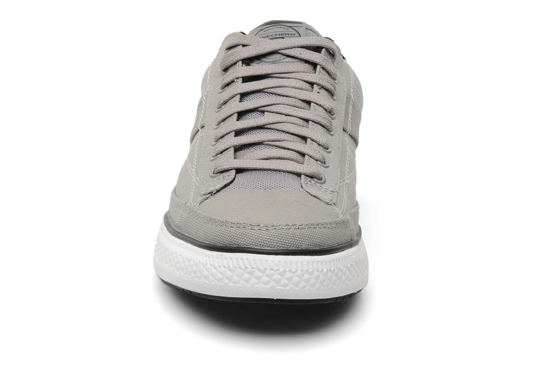 Sneakers Skechers Chat 51033 Grijs model
