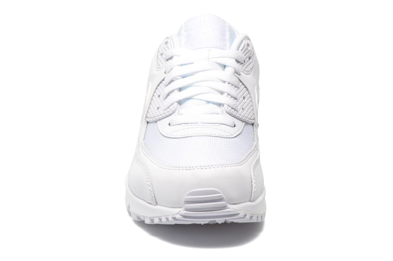 Trainers Nike Nike Air Max 90 Essential White model view