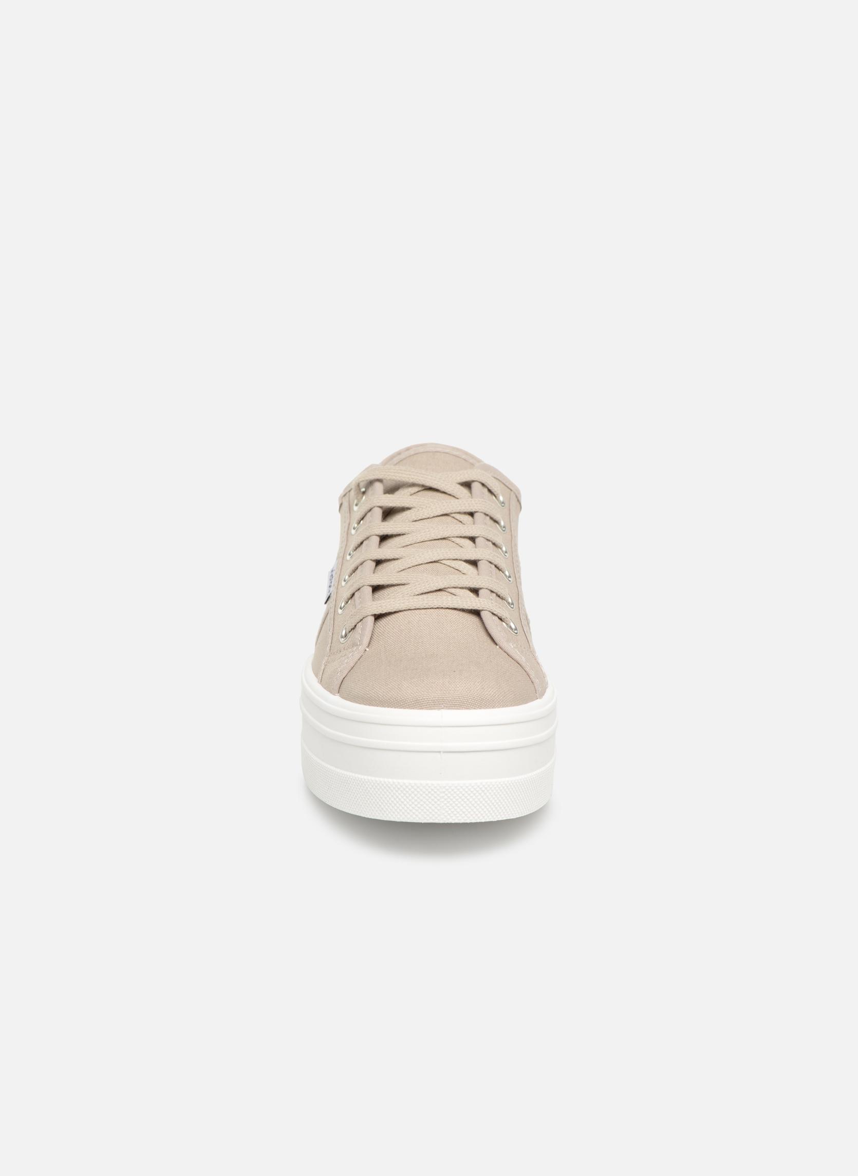 Sneaker Victoria Blucher Lona Plataforma beige schuhe getragen