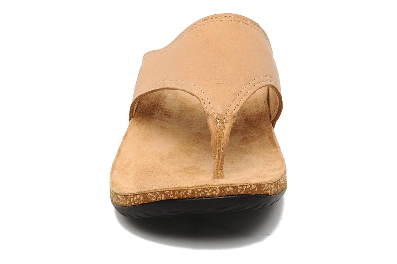 Tongs TBS Babeth Beige vue portées chaussures