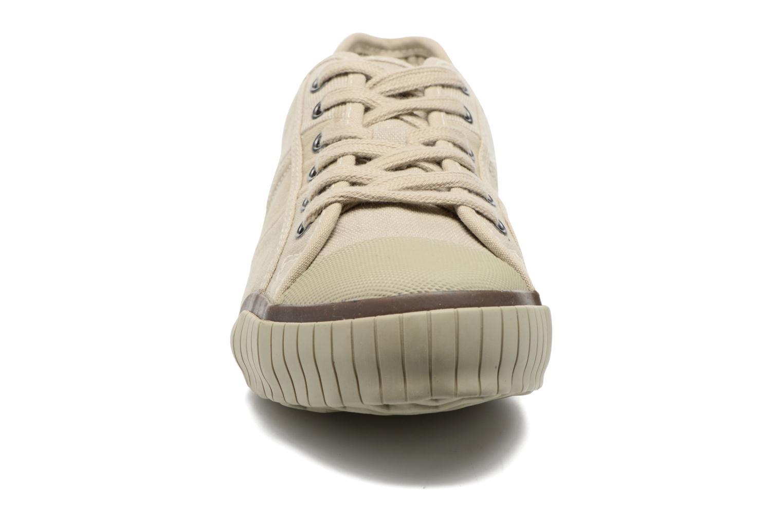 Baskets TBS Crocky Beige vue portées chaussures