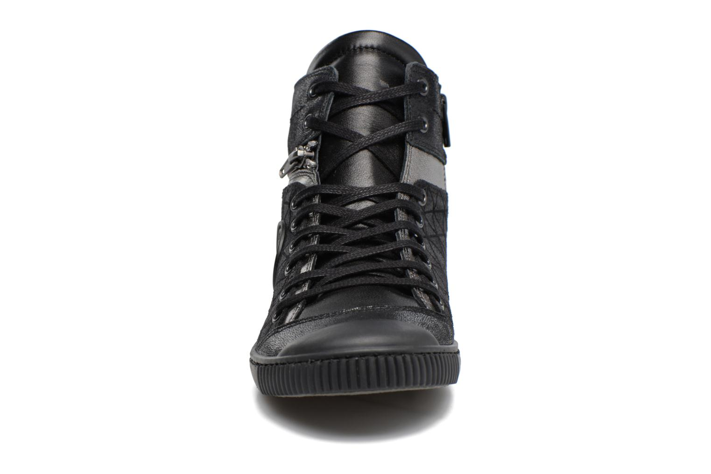 Baskets Pataugas Banjou Noir vue portées chaussures