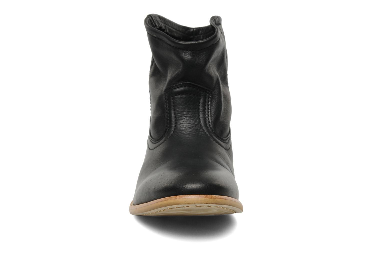 Bottines et boots Pieces Centa Noir vue portées chaussures