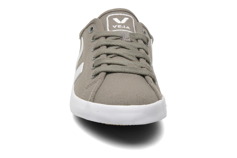 Baskets Veja Taua W Gris vue portées chaussures
