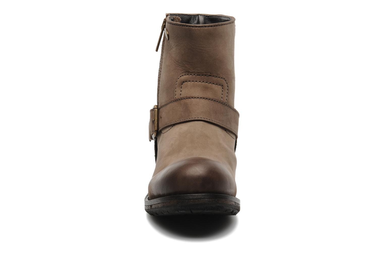 Boots en enkellaarsjes IKKS Harmione Bruin model
