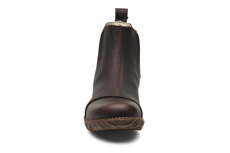 Iggdrasil N158 Brown pull grain