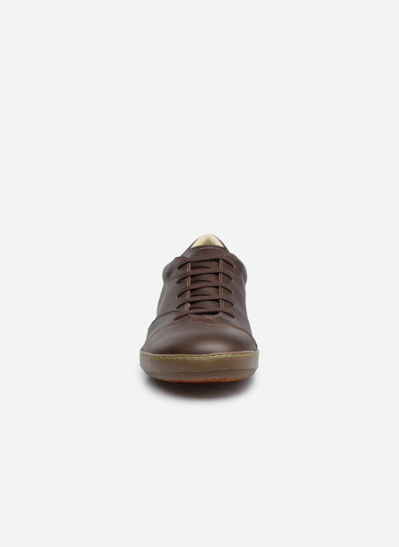 Chaussures à lacets El Naturalista Meteo N211 Marron vue portées chaussures