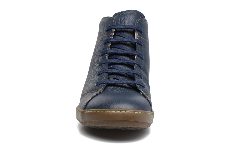 Zapatos con cordones El Naturalista Meteo N212 Azul vista del modelo