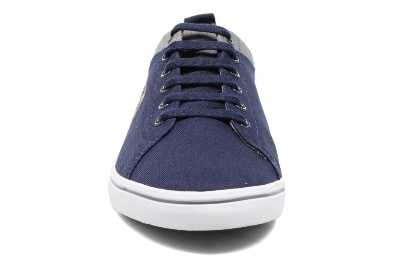 Sneaker Fred Perry Hallam Twill blau schuhe getragen
