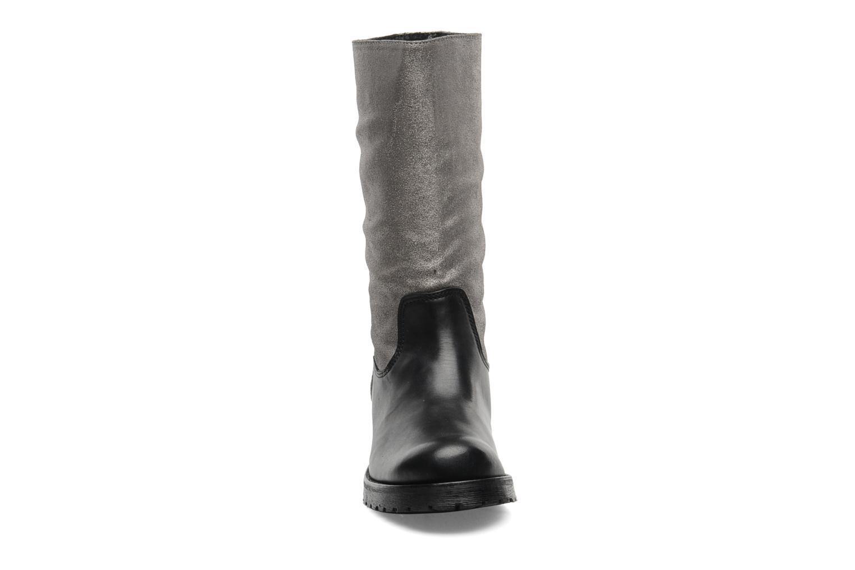 Ankle boots Pastelle Petalo Black model view