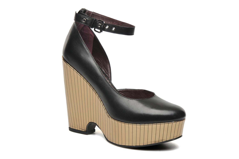 Bellagio Platform Black Leather / Gold Combo