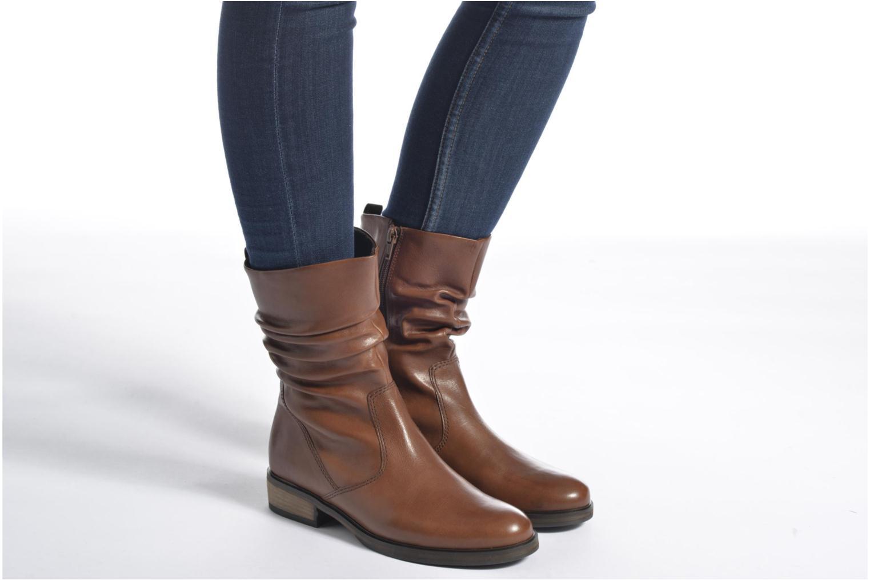 Bottines et boots Gabor Genua Marron vue bas / vue portée sac