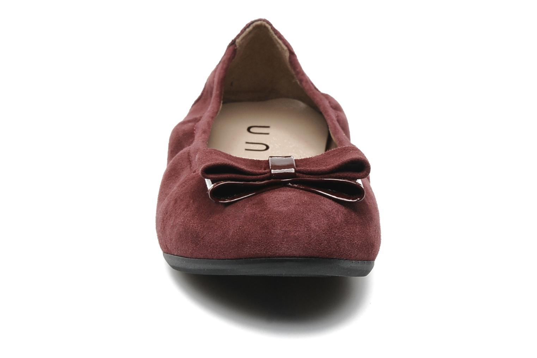 Ballerines Unisa Claudio Bordeaux vue portées chaussures