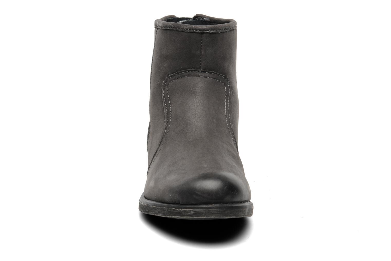 Bottines et boots Tamaris Bay Gris vue portées chaussures