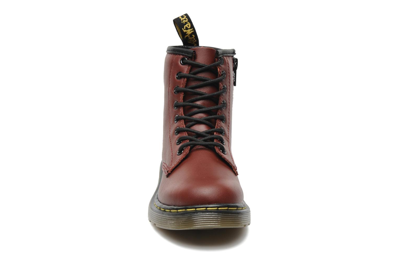 Stivaletti e tronchetti DR. Martens Juniors Delaney Lace boot Bordò modello indossato