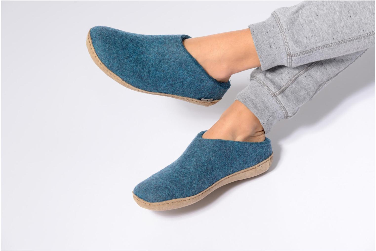 Slippers Glerups Piras W Blue view from underneath / model view