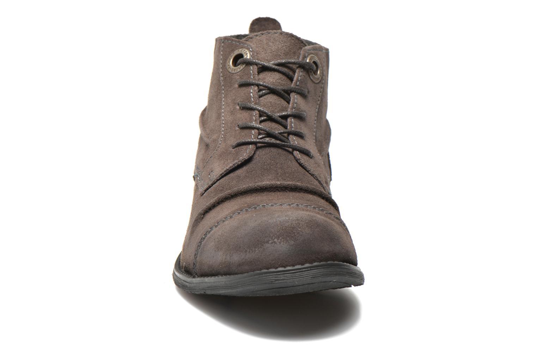 Snörade skor Kickers MASSIMO Grå bild av skorna på