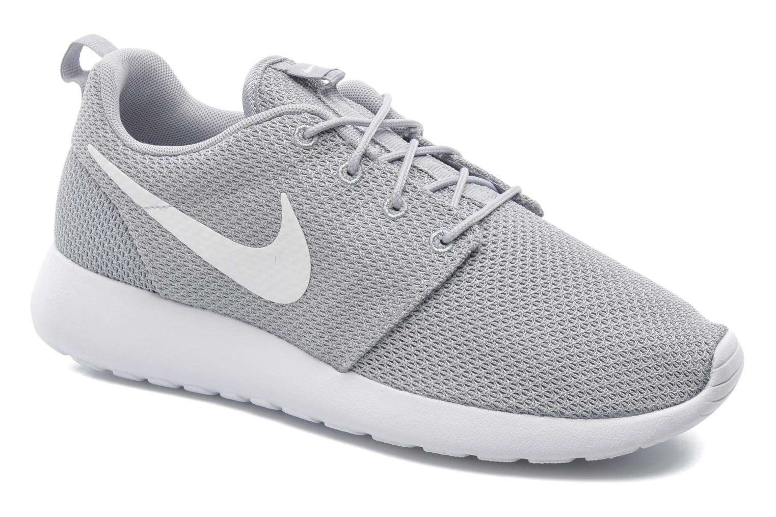 Baskets Nike Nike Roshe One Gris vue détail/paire