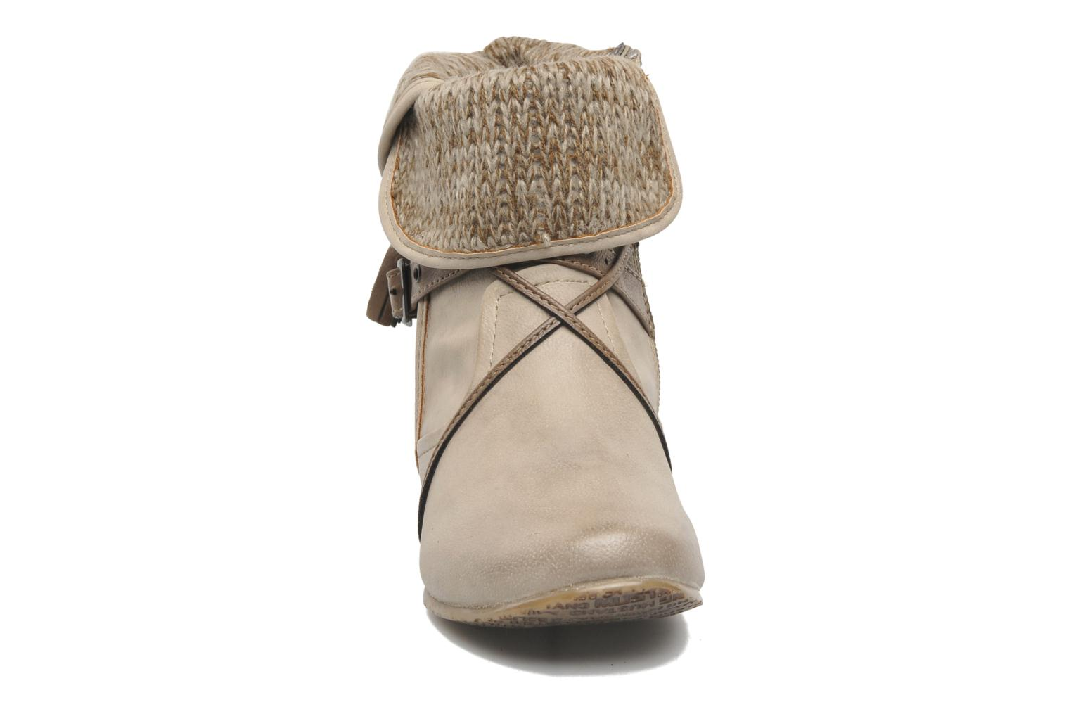 Ankle boots Mustang shoes Brune Beige model view
