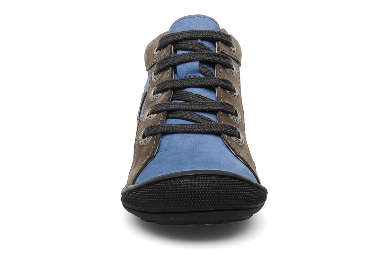 Stivaletti e tronchetti Mod8 Adours Azzurro modello indossato